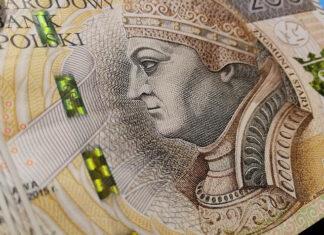 Ile zarabia doradcza kredytowy i po czym poznać dobrego
